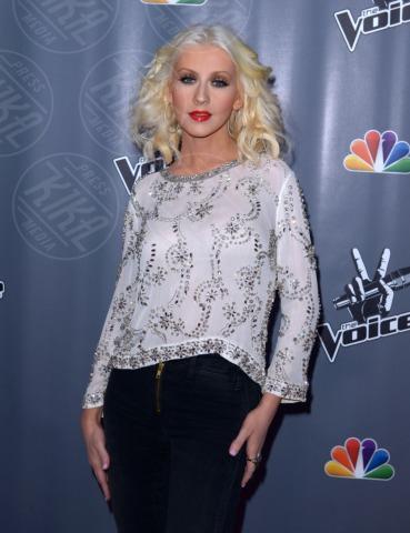 Christina Aguilera - Universal City - 07-11-2013 - Spears-Aguilera finiscono in un giro di spaccio di droga