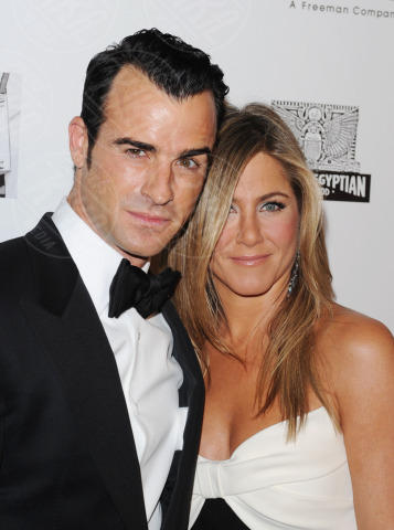 Justin Theroux, Jennifer Aniston - Beverly Hills - 15-11-2012 - Ti amo ma non ti sposo: le coppie di fatto Vip