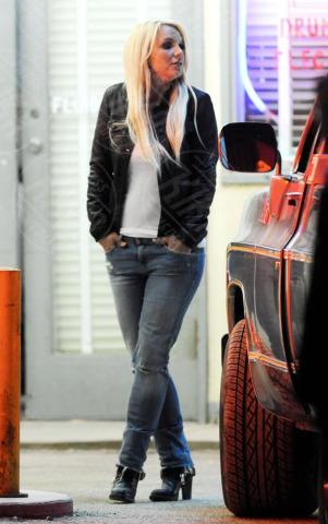 Britney Spears - Lancaster - 20-11-2013 - Spears-Aguilera finiscono in un giro di spaccio di droga