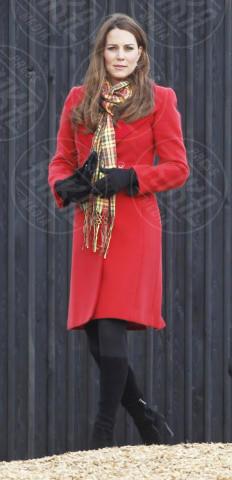 Kate Middleton - Ayrshire - 05-04-2013 - Sarà un inverno caldo… con un cappotto rosso!