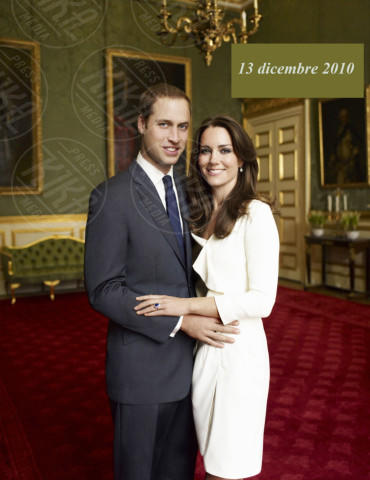 Principe William, Kate Middleton - 25-11-2010 - Kate Middleton è la signora in rosso… di nuovo!