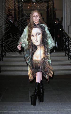 Lady Gaga - Londra - 04-12-2013 - Lady Gaga e le altre: indossa l'arte e mettila da parte!