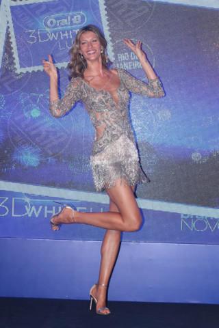 Gisele Bundchen - San Paolo - 10-12-2013 - Per Capodanno scegli l'argento e sarai una stella!