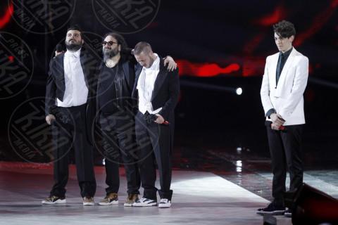 Michele Bravi, Ape Escape - Milano - 13-12-2013 - X-Factor 7: vincono Morgan e Michele Bravi