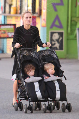 Anna Paquin - Los Angeles - 12-12-2013 - Charlene avrà due gemelli: quante star come lei!
