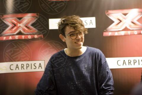 Michele Bravi - Napoli - 16-12-2013 - Michele Bravi, prima uscita da vincitore di X Factor