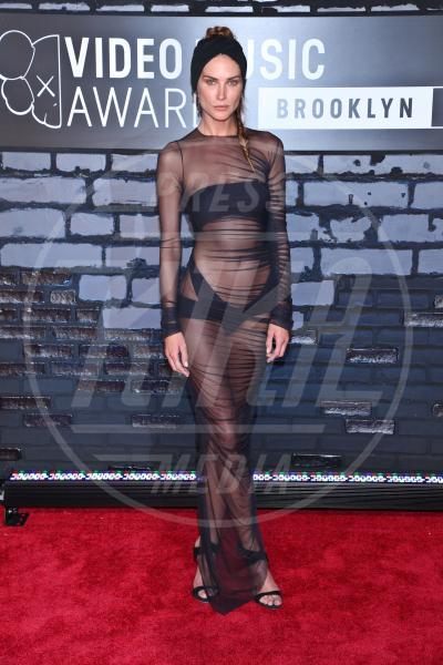 Erin Wasson - New York - 25-08-2013 - Sotto il vestito… niente! Ma proprio niente!