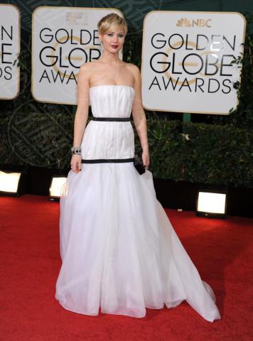 Jennifer Lawrence - Beverly Hills - 11-01-2014 - Indecisa sull'abito nuziale? Ispirati al red carpet!
