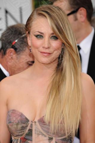 Kaley Cuoco - Beverly Hills - 11-01-2014 - Quando le celebrity ci danno un taglio… ai capelli!