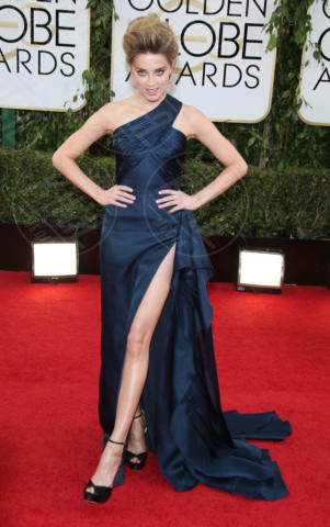 Amber Heard - Los Angeles - 12-01-2014 - Contro il caldo dell'estate, prendi fresco con lo spacco!