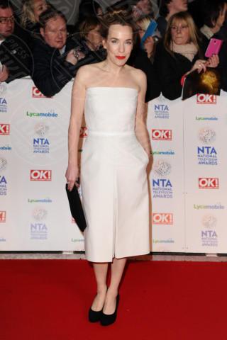 Laura Main - Londra - 22-01-2014 - Non solo LBD: oggi il tubino è anche bianco!