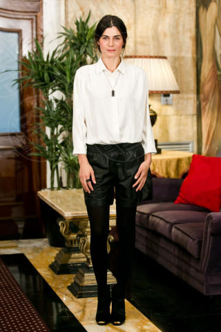 Valeria Solarino - Roma - 29-01-2014 - Camicia bianca e pantaloni neri: dal casual al red carpet