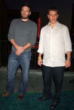 Matt Damon, Ben Affleck - Hollywood - 13-07-2004 - Matt Damon e Ben Affleck produrranno un reality show