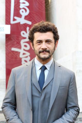 Vinicio Marchioni - Milano - 12-01-2014 - Hollywood e il mondo sono invasi dai barboni