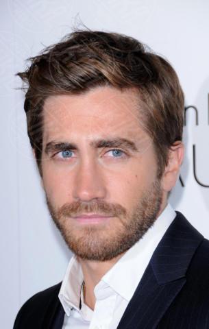 Jake Gyllenhaal - Hawaii - 17-10-2010 - Hollywood e il mondo sono invasi dai barboni