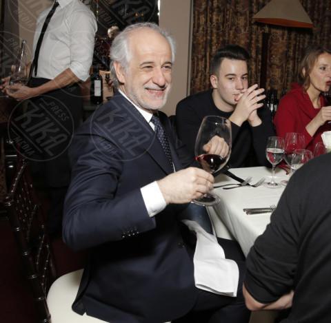 Toni Servillo - Los Angeles - 01-03-2014 - Bianco, rosso o bollicine? Ecco la bevanda più amata dalle star