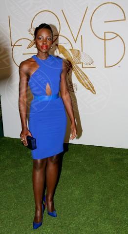 Lupita Nyong'o - West Hollywood - 26-02-2014 - Accendi l'autunno con il blu elettrico!