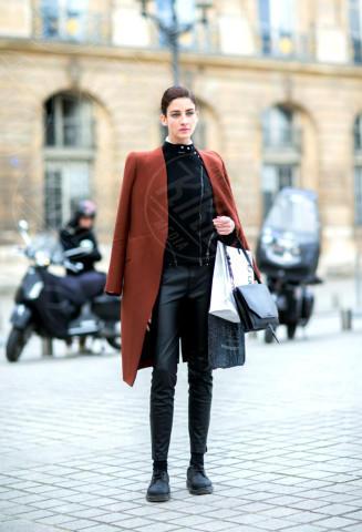 Cristina Herrmann - Parigi - 04-03-2014 - Sarà un inverno caldo… con un cappotto rosso!