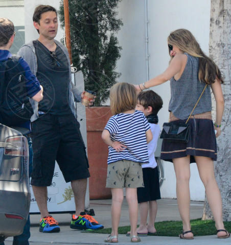 Otis Maguire, Ruby Maguire, Jennifer Meyer, Tobey Maguire - Hollywood - 16-03-2014 - Tobey Maguire e Jennifer Meyer si separano