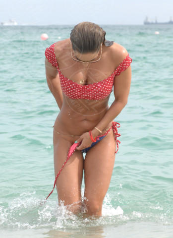 Jennifer Nicole Lee - Miami - 06-01-2014 - Wardrobe malfunction: i vestiti tradiscono le star!