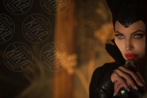 Maleficient, Angelina Jolie - Los Angeles - 21-03-2014 - Specchio, specchio delle mie brame…