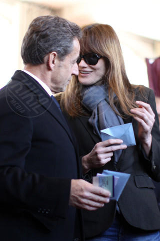 Nicolas Sarkozy, Carla Bruni - Parigi - 23-03-2014 - Carla Bruni: