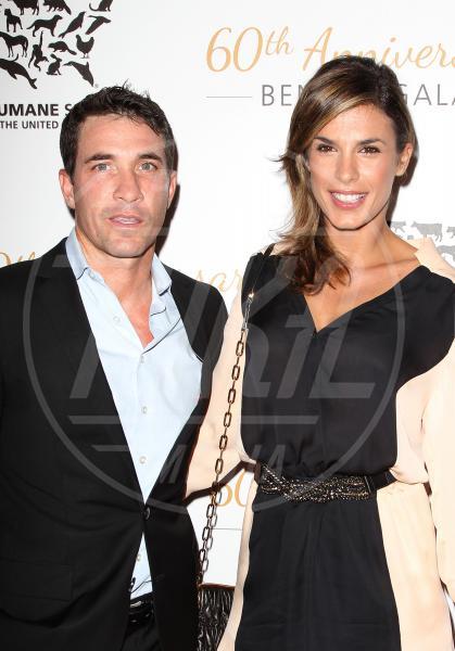 Brian Perri, Elisabetta Canalis - Beverly Hills - 30-03-2014 - Elisabetta Canalis: imbronciata per le nozze annullate