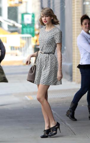Taylor Swift - New York - 09-04-2014 - Si scrive street-style chic, si legge… Taylor Swift!