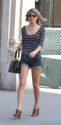 Taylor Swift - New York - 12-04-2014 - Con gli shorts di jeans, siamo tutte Daisy Duke!