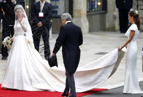Kate Middleton, Pippa Middleton - Londra - 29-04-2011 - Guardate dov'è finito il vestito del Royal Wedding di Pippa