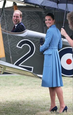 Principe William, Kate Middleton - Cambridge - 11-04-2014 - Kate Middleton, più che un viaggio… una sfilata!