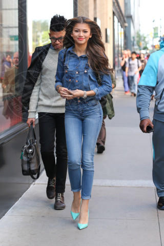 Zendaya Coleman - Los Angeles - 01-05-2014 - Il migliore abbinamento per il jeans? Altro jeans