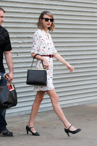 Taylor Swift - New York - 02-05-2014 - Il minidress floreale per sentirsi una jeune fille en fleur