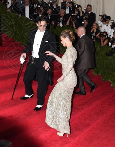 Amber Heard, Johnny Depp - New York - 05-05-2014 - Romanticismo: la chiave per entrare nel cuore delle donne