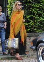 Kate Moss - Londra - 15-05-2014 - Kate Moss, non è tutto nero quel che indossa…