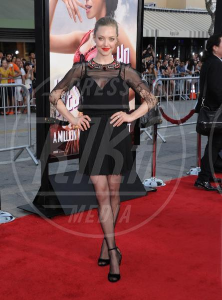 Amanda Seyfried - Westwood - 15-05-2014 - Un classico intramontabile: il little black dress
