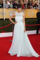 Hannah Simone - West Hollywood - 18-01-2014 - Ecco le celebrity che non fanno un plissé… ma mille!