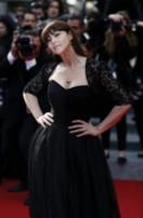 Monica Bellucci - Cannes - 18-05-2014 - Monica Bellucci nella terza stagione di Mozart in the Jungle