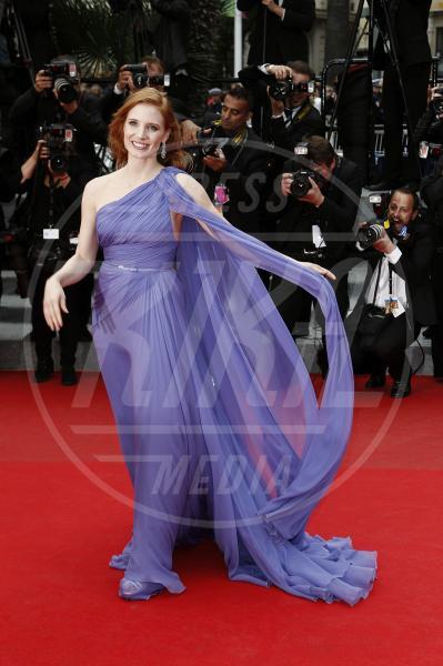 Jessica Chastain - Cannes - 19-05-2014 - Il red carpet sceglie il colore viola. Ma non portava sfortuna?