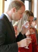 Principe William, Kate Middleton - Scozia - 30-05-2014 - Bianco, rosso o bollicine? Ecco la bevanda più amata dalle star
