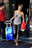 Shailene Woodley - New York - 03-06-2014 - In carrozza! Anche il viaggio ha il suo dress code
