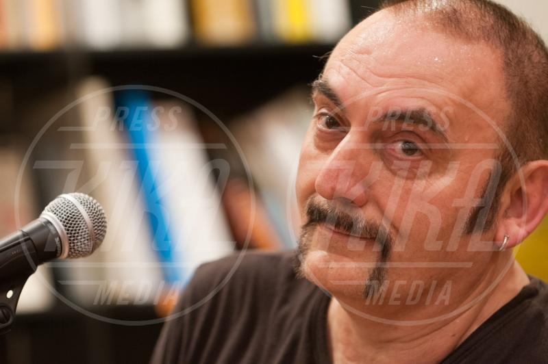 Mango - Palermo - 04-06-2014 - Il pentagramma italiano perde le sue note migliori
