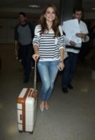 Maria Menounos - Los Angeles - 06-06-2014 - In carrozza! Anche il viaggio ha il suo dress code
