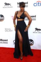 Kelly Rowland - Las Vegas - 18-05-2014 - Contro il caldo dell'estate, prendi fresco con lo spacco!