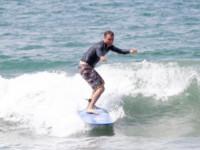 Liev Schreiber - Santa Monica - 15-06-2014 - Liev Schreiber, un papà (surfista) da urlo