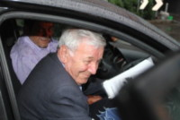 Don Corinno - Brembate - 16-06-2014 - Il sindaco di Brembate Sopra si congratula con il papà di Yara