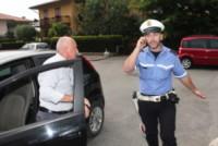 Diego Locatelli - Brembate - 16-06-2014 - Il sindaco di Brembate Sopra si congratula con il papà di Yara