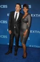 Olivier Martinez, Halle Berry - Los Angeles - 17-06-2014 - Halle Berry splendida alla premiere americana di Extant