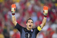 Claudio Bravo - Rio de Janeiro - 18-06-2014 - Brasile 2014: Spagna-Cile 0-2, Roja a casa, fine di un ciclo
