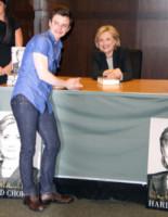 Hillary Rodham Clinton, Chris Colfer - Los Angeles - 19-06-2014 - Hilary Clinton ha un fan d'eccezione: Chris Colfer